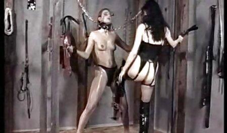 لزبین های سکس ماکسیرا باریک ارگاسم تند و زننده را در پورنو زیبا تجربه می کنند