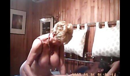 پسر به یک دختر زیبا ارگاسم عکس سکسکده بخشید