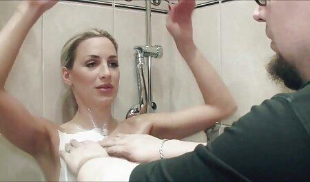 سبزه با یک کارگردان جذاب در پورنو زیبا بازی کرد سکسی سیاوش