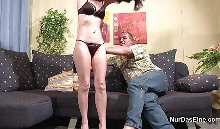 غرفه ماهیچه ای از عكس سكسي زنم شرکت دختران لذت می برد