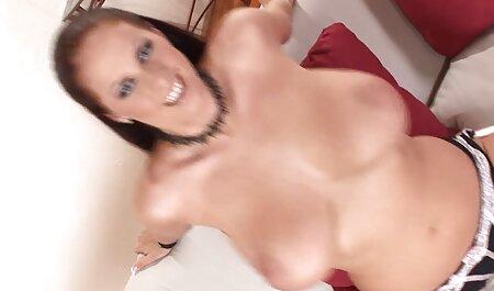 یک روسپی سکسی در هر دو سوراخ عکس های داستانی سکسی لعنتی