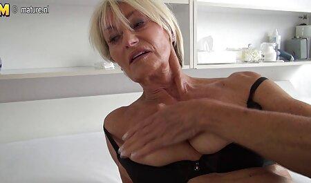 Negroske عکس سکسی خواهر زن در یک ماشین بزرگ کاشته شد