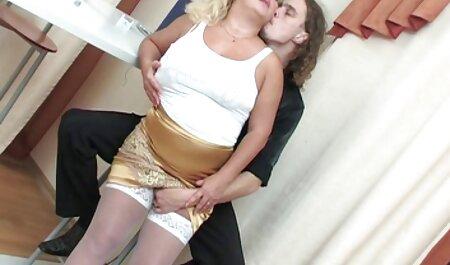 مردی در مینی بوس دختری را انگشت می عکس سکسی از محارم زند