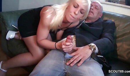 زن و شوهر جوان از سکس صبحگاهی در عکس سکسی فامیلی کابین لذت می برند