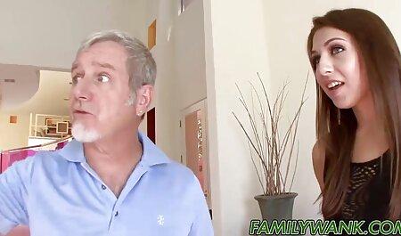 پورنو جنسی با یک دختر داستان سکسی همراه تصویر زیبا در دوش