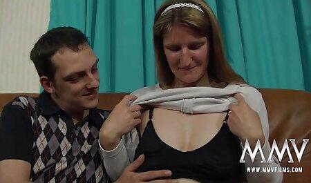 Transvestites روز خود را با یک شهوتخونه سکسی فاک داغ تزئین کردند